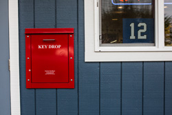 Jays Kirkland Autocare key drop box